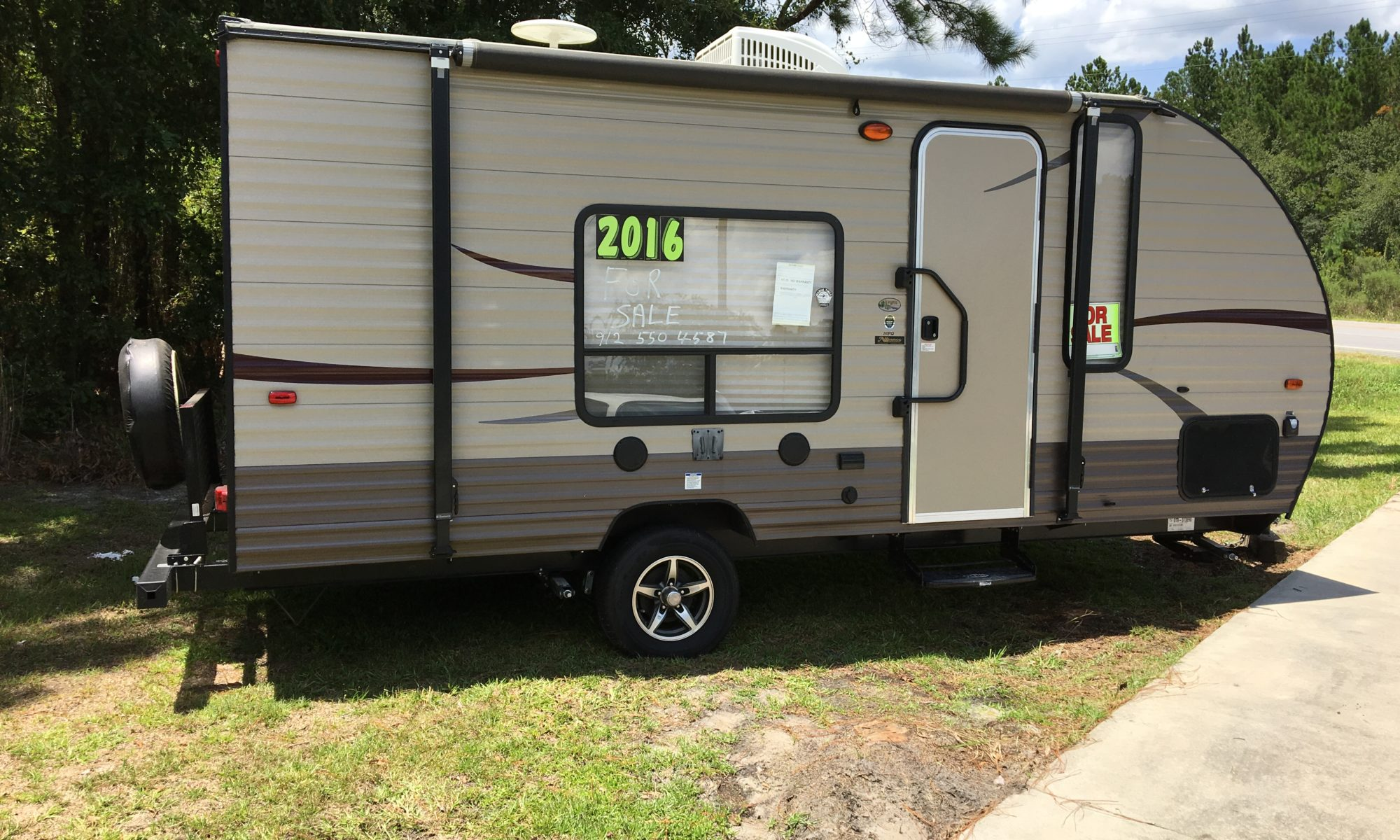 2016 Wolf Pup Camping Trailer